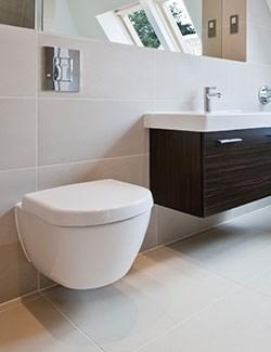 Alvorlig Renovering af badeværelse nær Espergærde, Helsingør og Humlebæk HQ38
